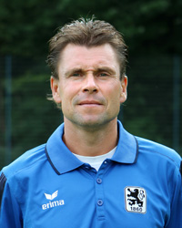 U17 Trainer Fred Klaus