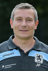 U19 Physiotherapeut Jozsef Feher
